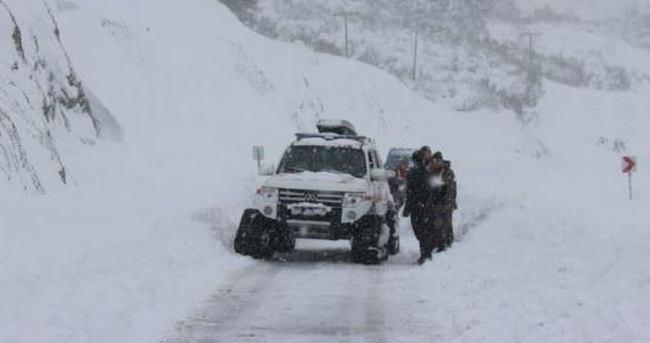 Doğu'da kar yağışı hayatı olumsuz etkiliyor