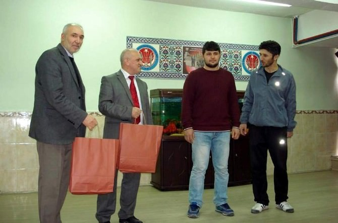 Kütahya Evliya Çelebi Anadolu İmam Hatip Lisesi'nin Güreş Başarısı