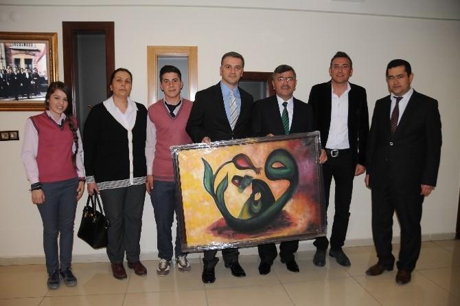 Öğretmen Ve Öğrencilerden Belediye Başkanı Akdoğan'a Teşekkür