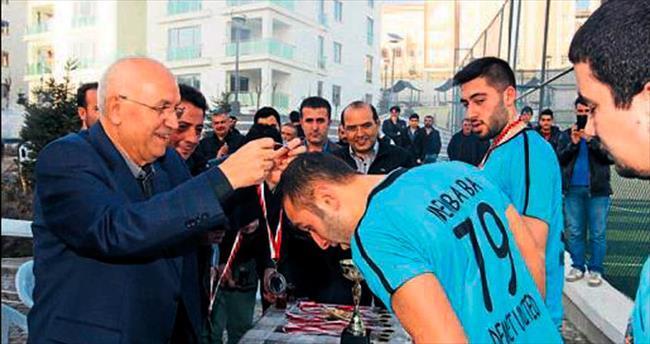Başkan Yaşar kupa heyecanına ortak oldu