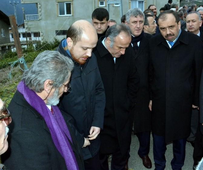 Cumhurbaşkanı Erdoğan'ın Dünürü Albayrak'tan Anneye Son Görev