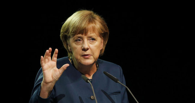 Merkel: Euro başarısız olursa, Avrupa başarısız olur