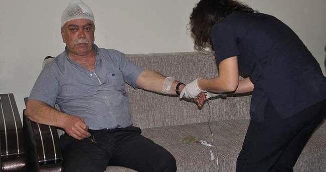Oğlunu öldü sanıp doktoru dövdü