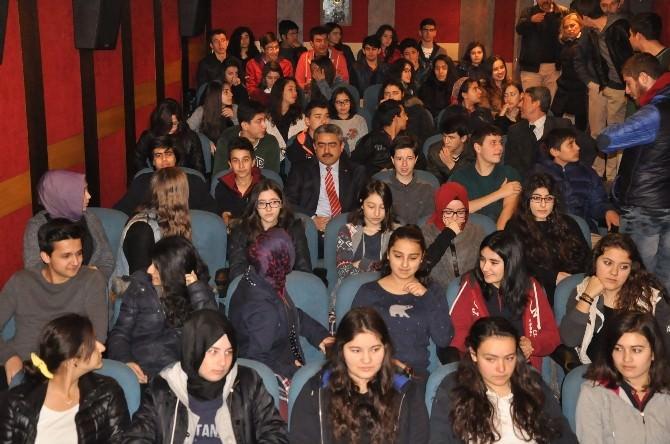 Başkan Alıcık, Lise Öğrencileri İle Son Mektup Filmini İzledi