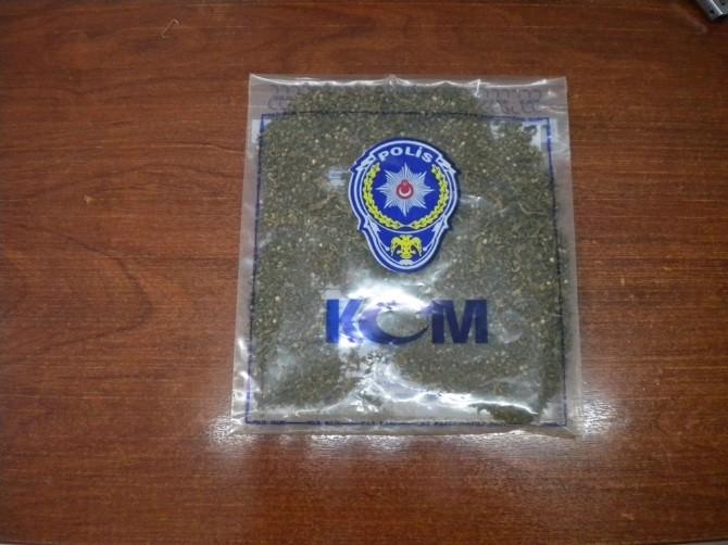 Sakarya'da Uyuşturucu Satıcılarına Operasyon: 4 Tutuklama