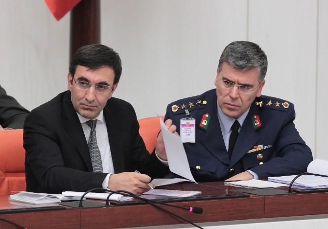 Türkiye İle Katar Arasında Askeri İşbirliği İçeren Kanun Tasarısı Kabul Edildi