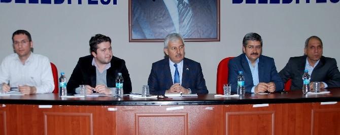 Kumluca'da Clk Akdeniz Yetkilileri Ve Muhtarlar Bir Araya Geldi