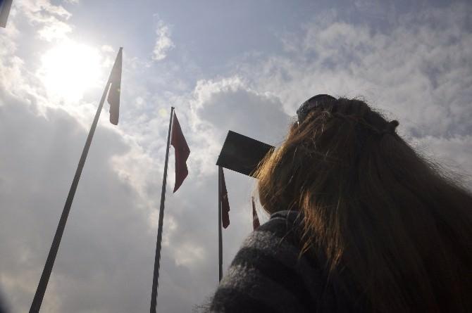 Güneş Tutulması Afyonkarahisar'da Da Gözlendi