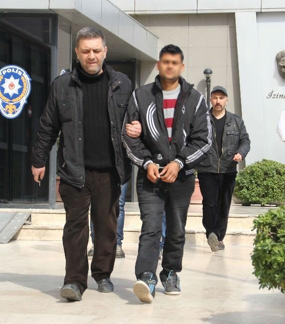 Anne Ve Oğlunun Yakalattığı Dolandırıcılar Tutuklandı