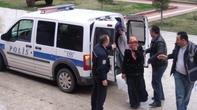 Hırsızlık Zanlısı Kadınlar Polisten Kaçamadı