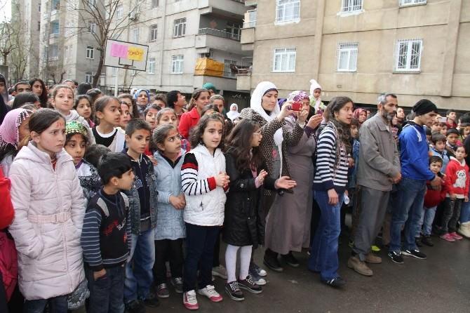 Bağlar Eğitim Destek Evi Öğrencileri Nevruz'u Kutladı
