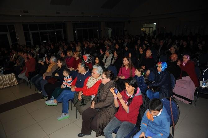 Çanakkale Zaferi'ne 90 Kişilik Koroyla Kutlama