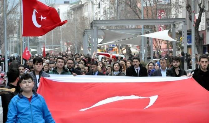 Uşaklı Bozkurtlar Ankara Yolunda