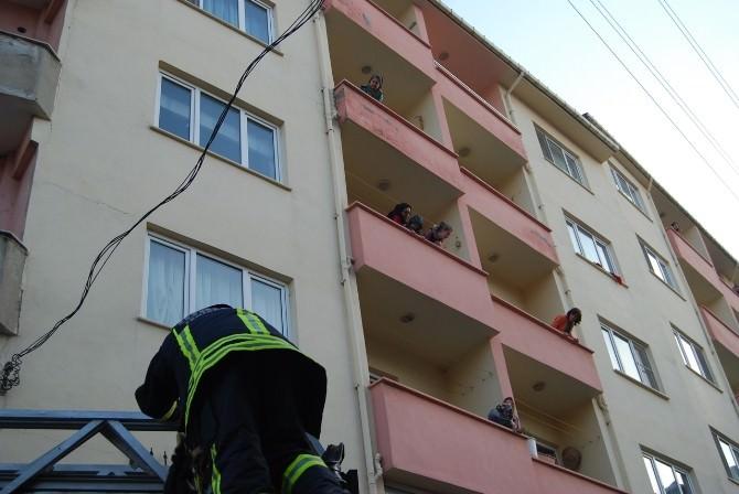 Yangın Vatandaşı Sokağa Döktü
