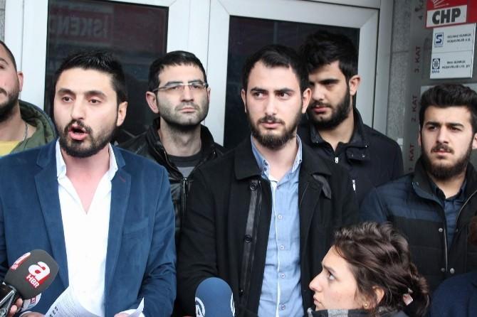 Trabzon'da Parti Binasını İşgal Eden CHP'li Gençler Eylemlerini Sürdürüyor