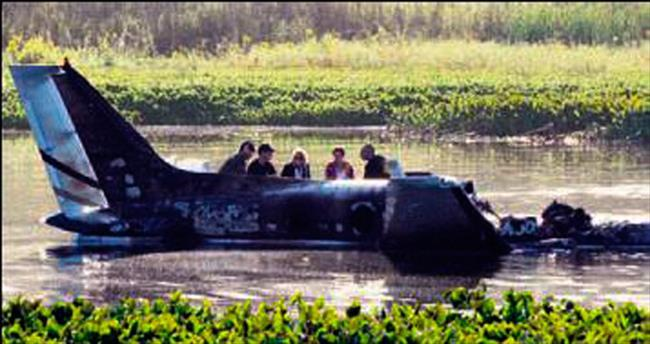 Uruguay'da uçak kazası: 7 ölü