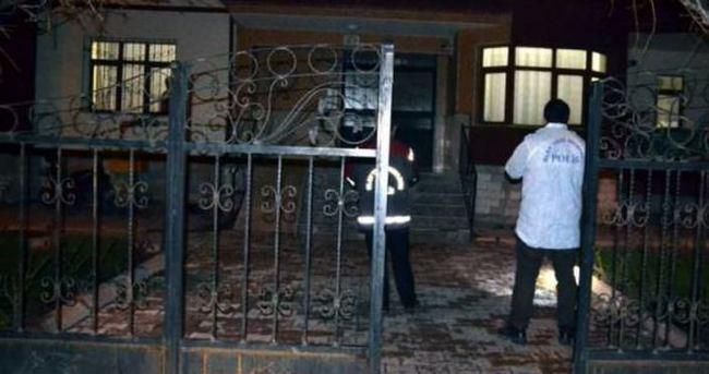 Abdullah Gül'ün akrabası evinde ölü bulundu