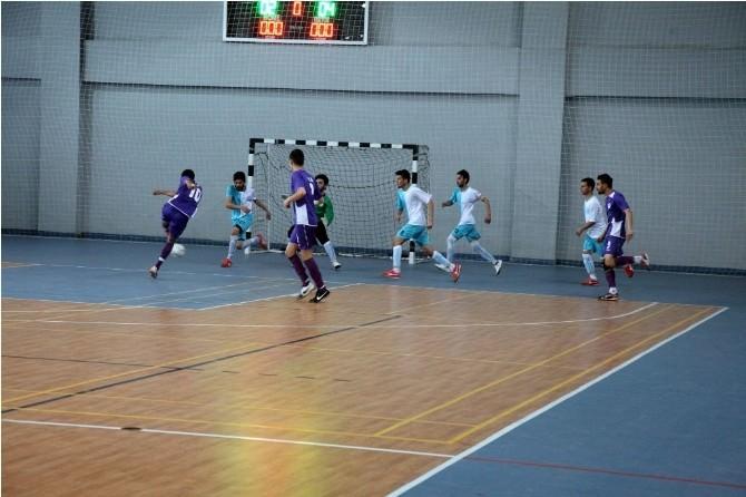 Üniversite Öğrencileri Futsal'da Rakip Tanımıyor