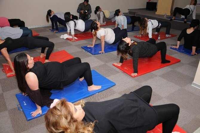 Yoga İle Kolay Ve Daha Kısa Sürede Doğum
