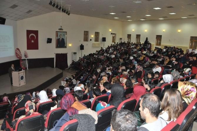 """Erzincan Üniversitesinden Alzheimer Hastasına Yaklaşım"""" Konferansı"""