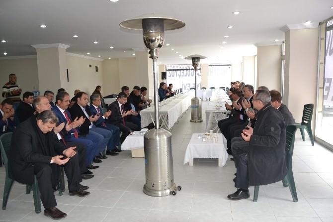 Vali Bektaş, Başkan Çerçi'ye Taziye Ziyaretinde Bulundu