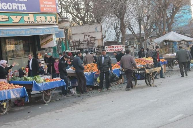 Esnaftan Belediyeye Semt Pazarı Tepkisi
