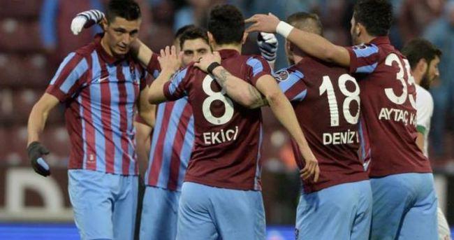 Cardozo, Trabzonspor tarihine geçti!