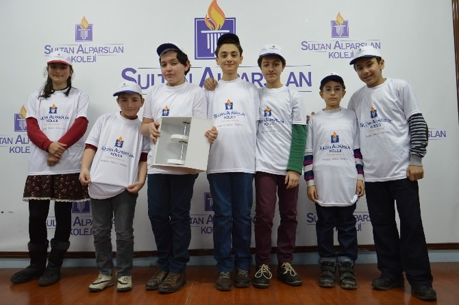 Sultan Alparslan Koleji'nde 8 Proje Bölge Çalışma Grubuna Seçildi