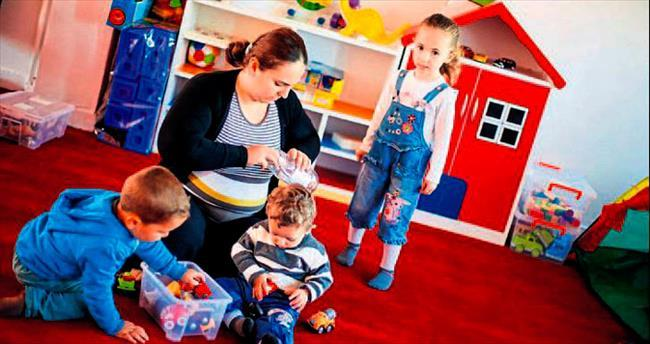 Bu evde tek kural anne ve çocukların oyun oynaması