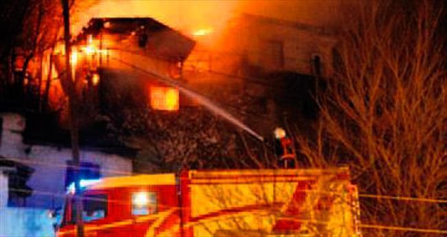 Altındağ'da metruk yangını korkuttu