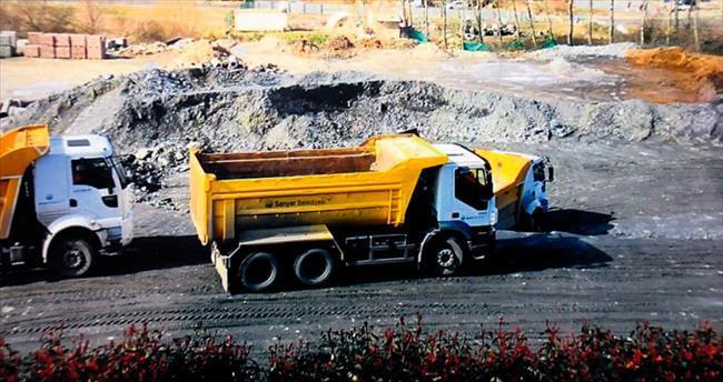 Zekeriyaköy'de bitmeyen inşaat çileden çıkardı
