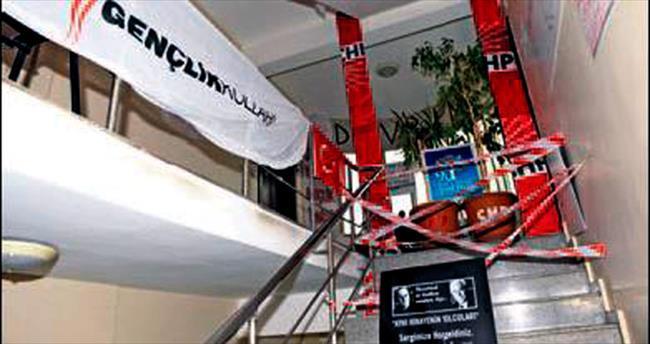 CHP Trabzon'da 'işgal' bariyeri