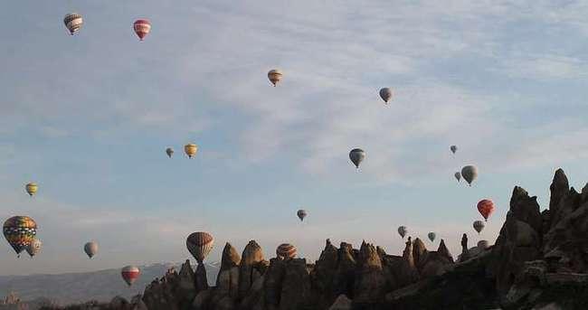 Kapadokya'da balonlar Meteoroloji için havalandı