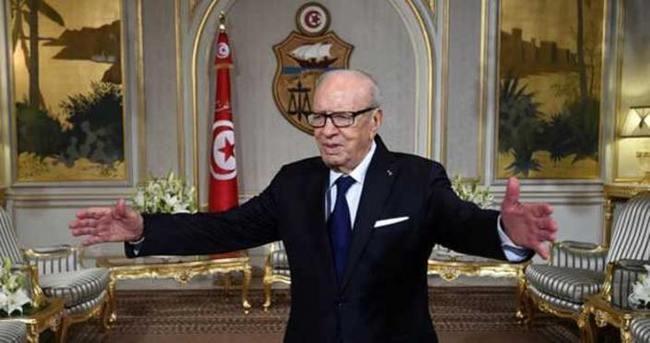 Tunus Cumhurbaşkanı El Sibsi'den flaş açıklama