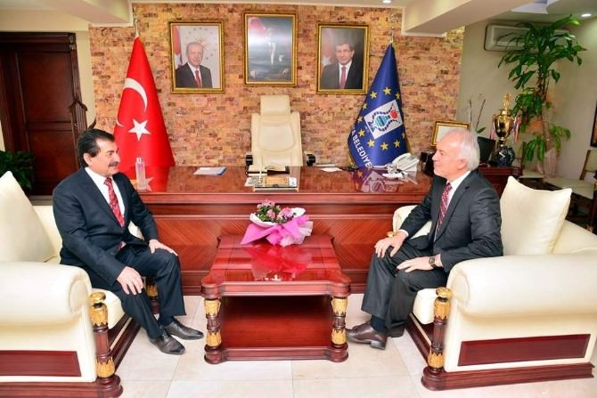 Ahmet Karaaslan'dan Başkan Saraçoğlu'na Veda