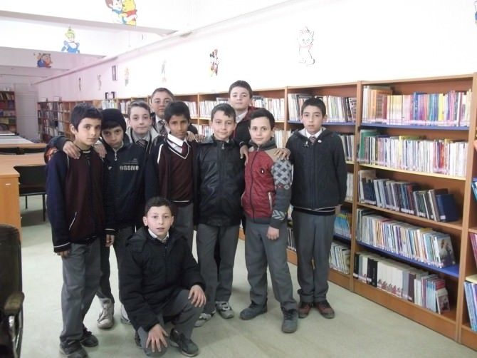Hayırseverler İmam Hatip Ortaokulu Öğrencilerinden İl Halk Kütüphanesine Ziyaret.