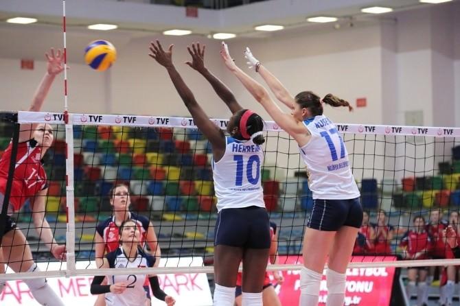 Türkiye Kadınlar Voleybol Ligi'ne Nilüfer Damgası