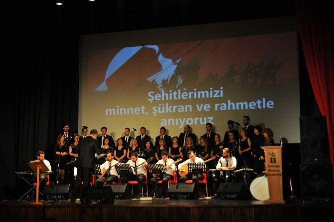 Türküler Çanakkale Şehitleri İçin Okundu