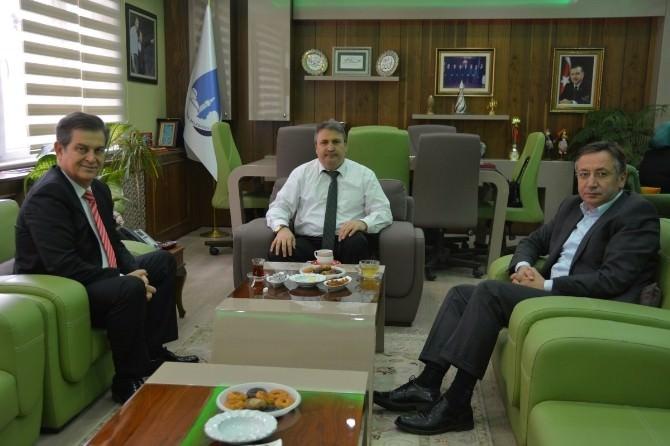 Ceren Ve Topal'dan Başkan Çerçi'ye Taziye Ziyareti