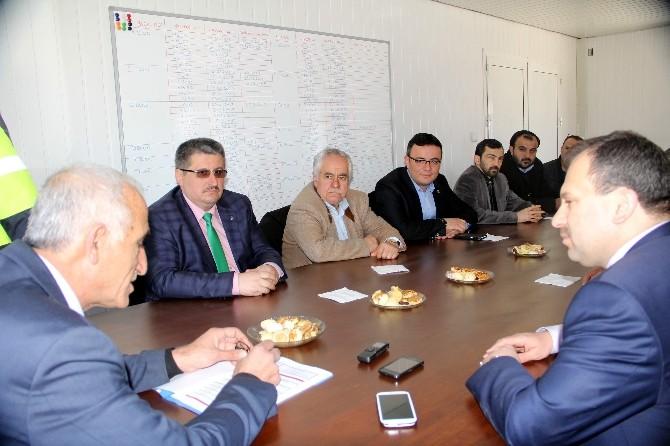 AK Partililer, Yeni Devlet Hastanesi İnşaatını Ziyaret Etti