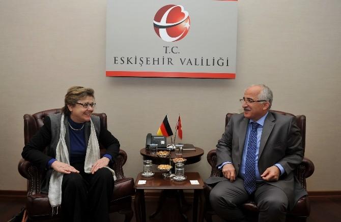 Almanya Federal Cumhuriyeti İstanbul Başkonsolosu Wolke Eskişehir'de