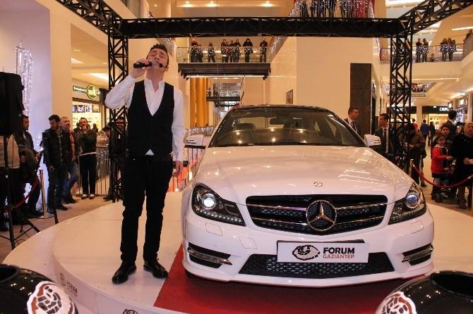 Forum Gaziantep, Bir Şanslı Ziyaretçisine Mercedes Cla200 Style Hediye Etti