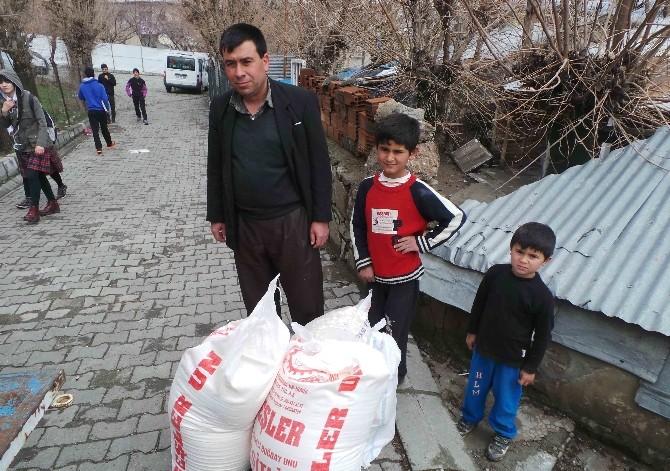 Kulp Kaymakamlığı Kobanili Aileleri Yalnız Bırakmadı