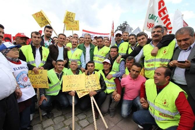 Karşıyaka'da İşçileri Rahatlatan İhale