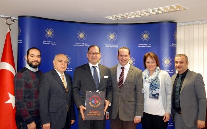Sofya Büyükelçisinden 'Sivil Toplum'a Övgü