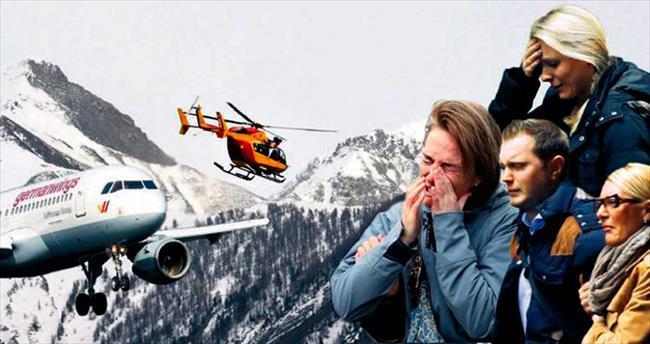 Alpler'e çakılan uçakta 150 ölü