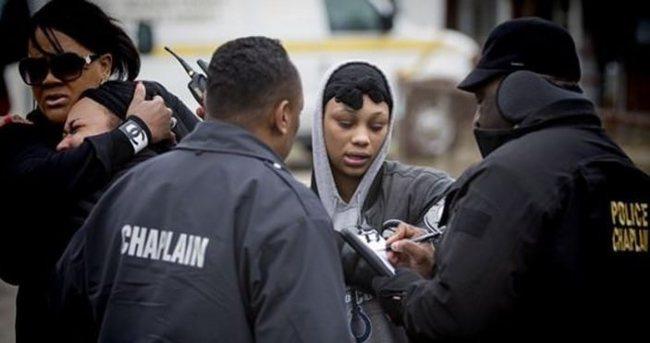 ABD'de iki polis memuru vurularak öldürüldü