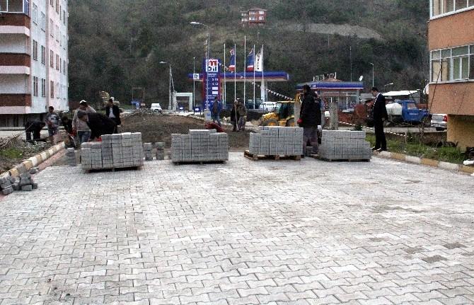 Başkan Ekeş, Belediye Çalışmalarını İnceledi