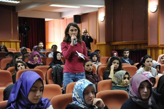Yazar Ayşe Böhürler BEÜ'de
