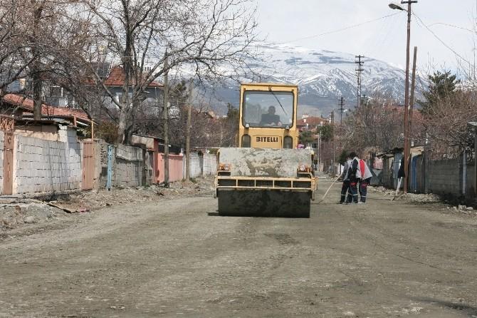 Erzincan'da Yol Çalışmaları Hızlı Başladı